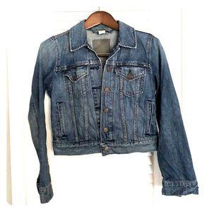Levi's classic women's denim jean jacket